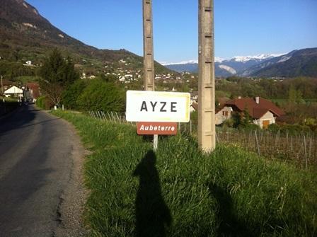 Ayze-signpost.jpg