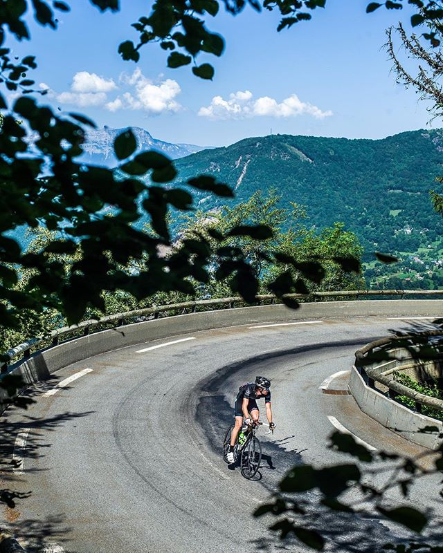 Woke up thinking about warmer days on the Col de la Morte and #mcalps18. Happy Tuesday!