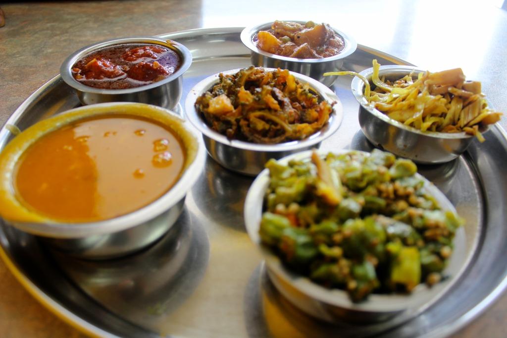Dal, bitter melon, bhindi, jackfruit, Eggplant, vegetable Manchurian
