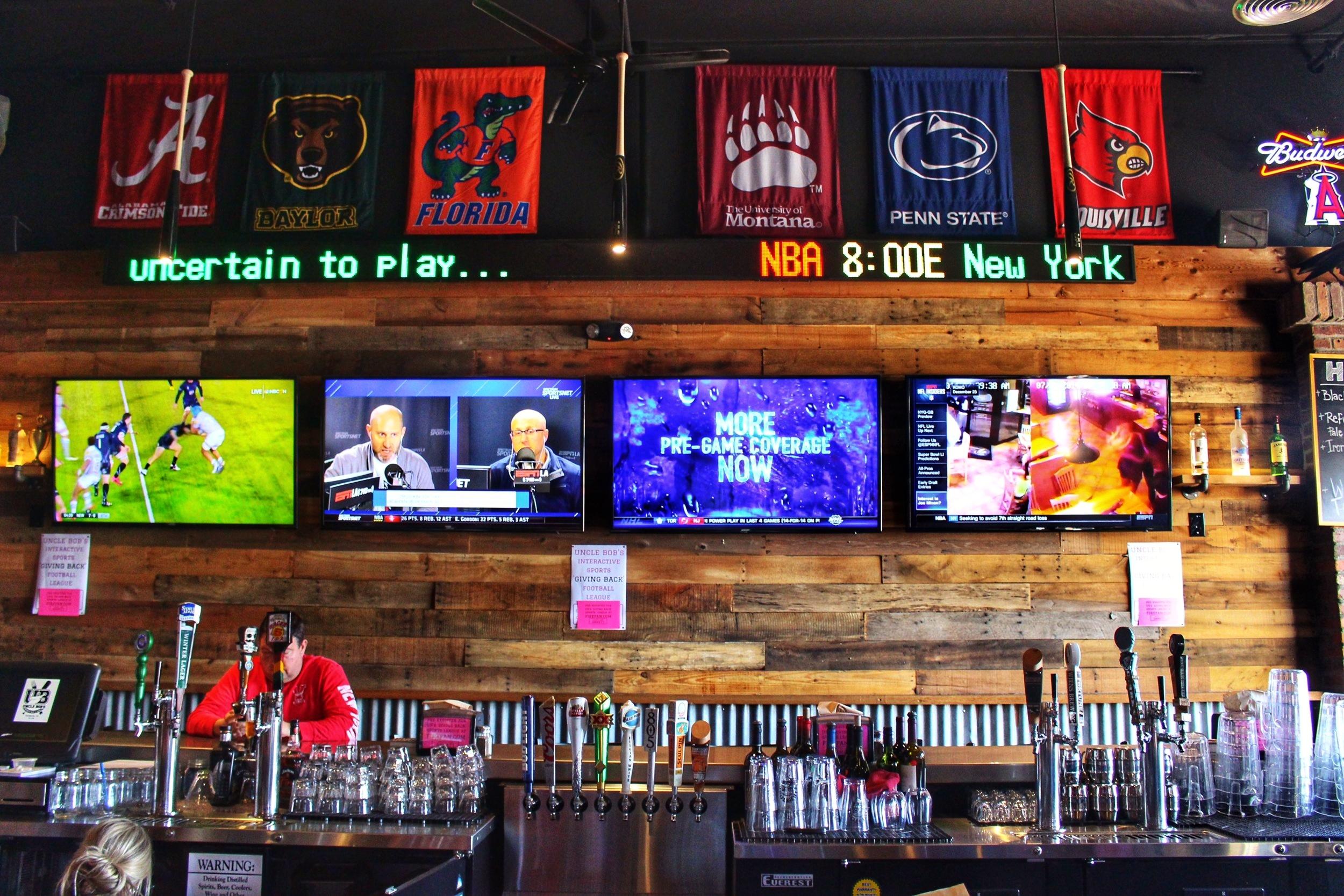 Uncle Bob\'s Sports Bar & Grill