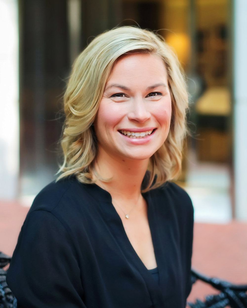 Taylor Keeney, Communications Consultant -