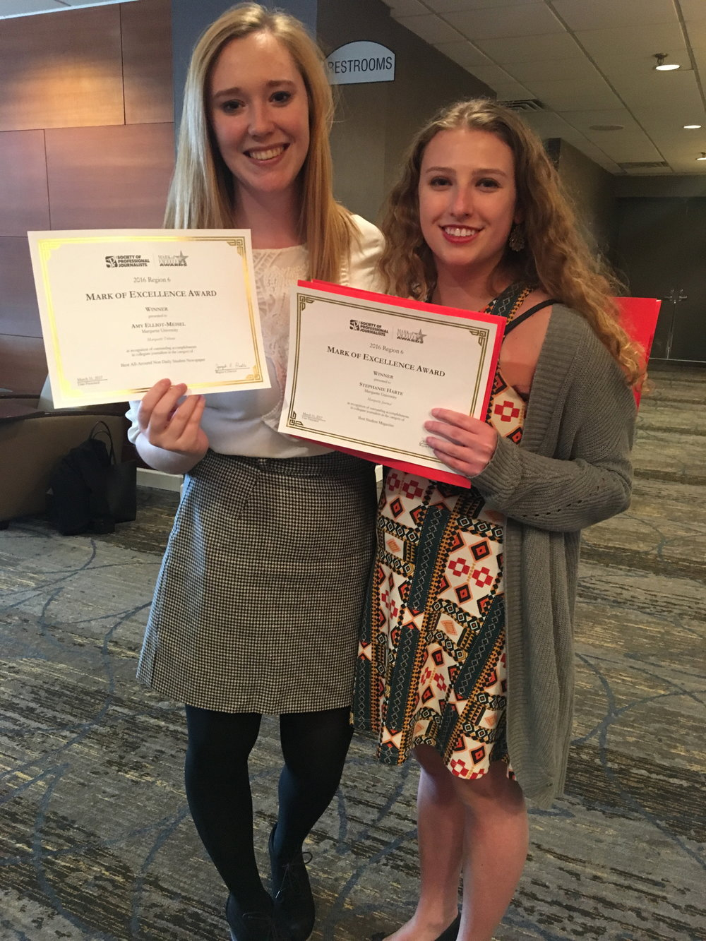 Stephanie Harte and Amy Elliot-Meise won SPJ awards in Minneapolis for best non daily student newspaper and best student magazine.