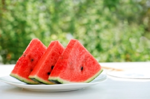 fresh-fruit-watermelon-slices-720-638x425.jpg