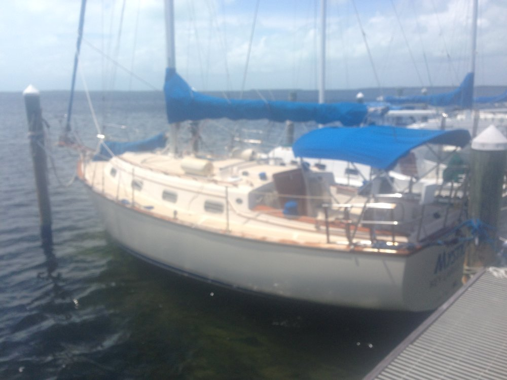 Island Packet 31'