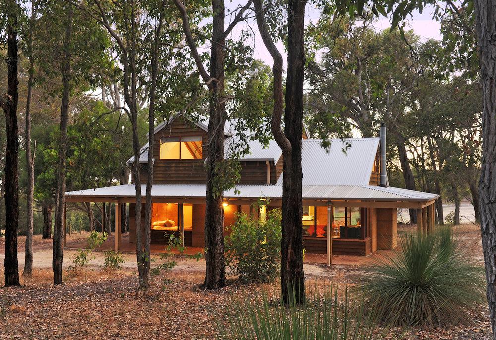 Kookaburra woodstone