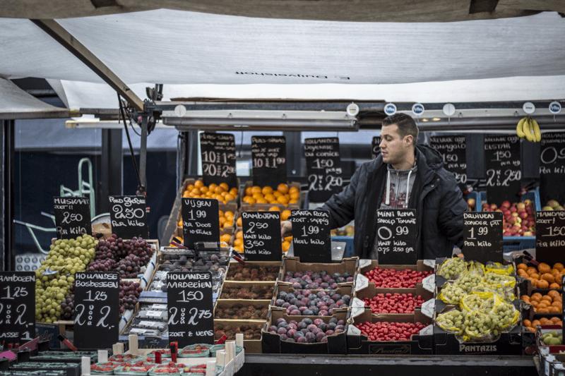 Albert Cuypstraat Market in Amsterdam