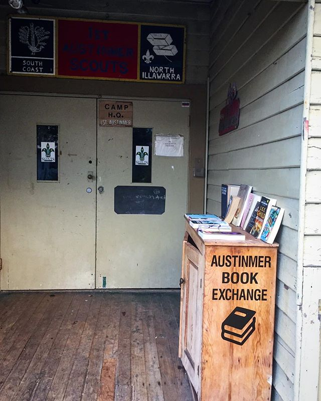 Do you have a #streetlibrary near you? Our local #Scout Hall hosts a #bookexchange and there is nothing better than browsing its shelves and leaving/taking a book! ❤️📕🧡📙💚📗💙📘📚🤓 #bookstagram #secondhand #preloved #thebest