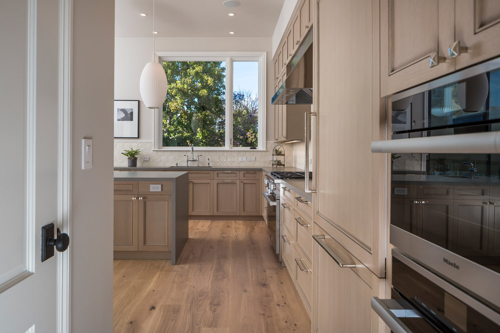 Kitchen_3562.jpg