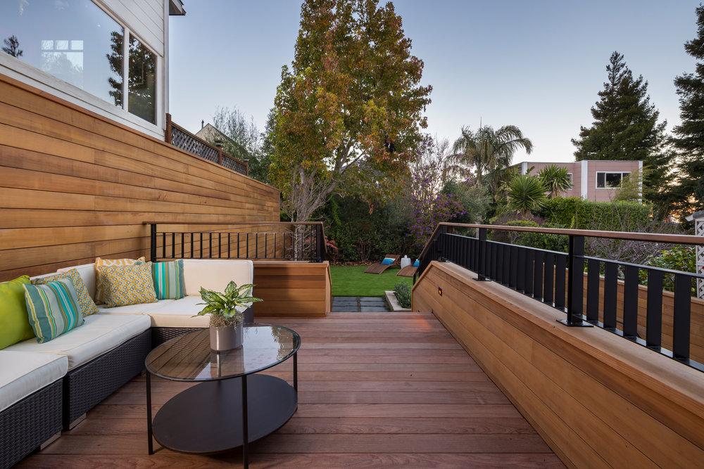 Yard_Deck_4542.jpg
