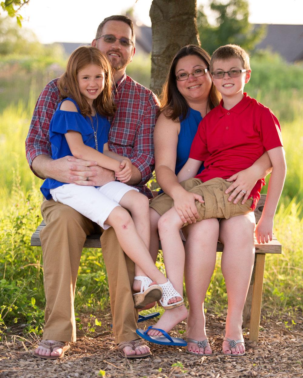 Edens Family-54.jpg