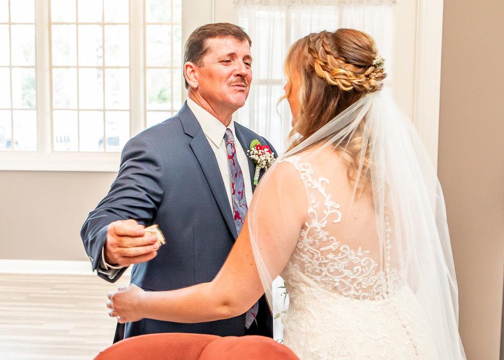 Alyssa-Riley-Wedding-377.jpg