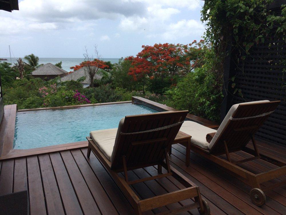 Wanderlust-blog-hermitage-pool