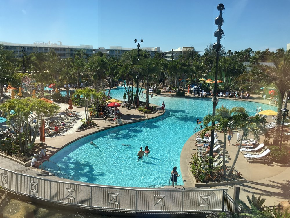 Wanderlust-blog-Sapphire-Falls-Universal-Orlando-pool