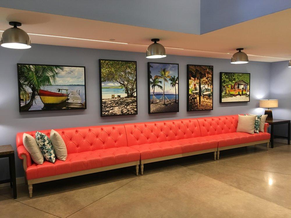 Wanderlust-blog-Sapphire-Falls-Universal-Orlando-decor