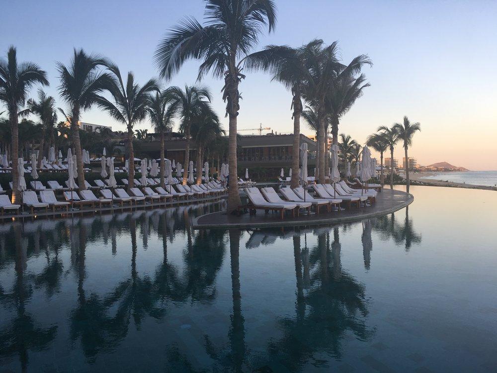 Wanderlust-travel-blog-Grand-Velas-Los-Cabos-infinity-pool