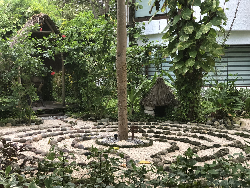 Wanderlust-travel-blog-Belmond-maroma-kinan-spa-garden