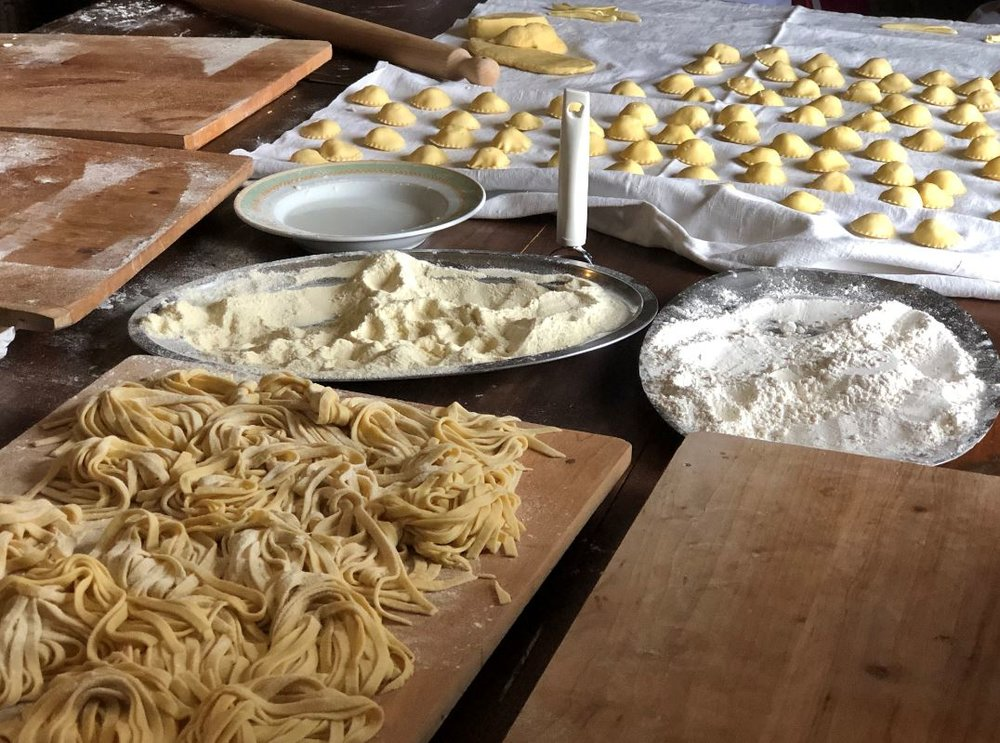 Wanderlust-Travel-Blog-Southern-Italy-dining-experience-pasta