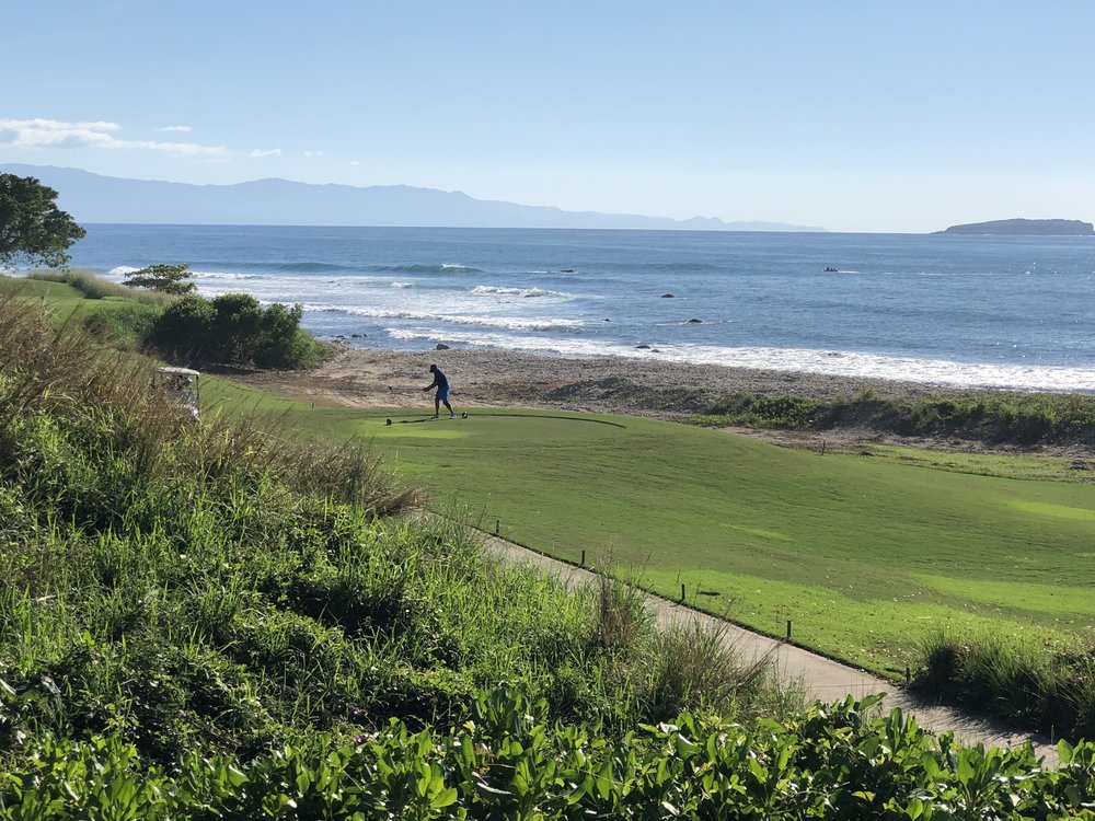 wanderlust-travel-blog-punta-mita-golf-course-oceanfront
