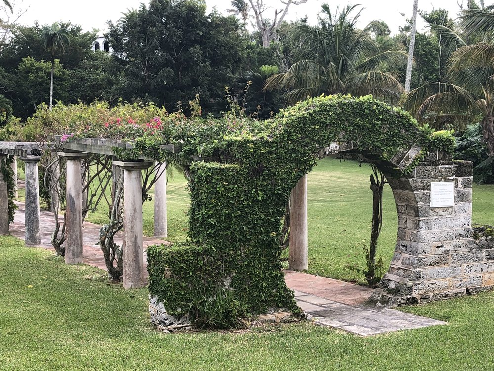wanderlust-travel-blog-bermuda-moongates