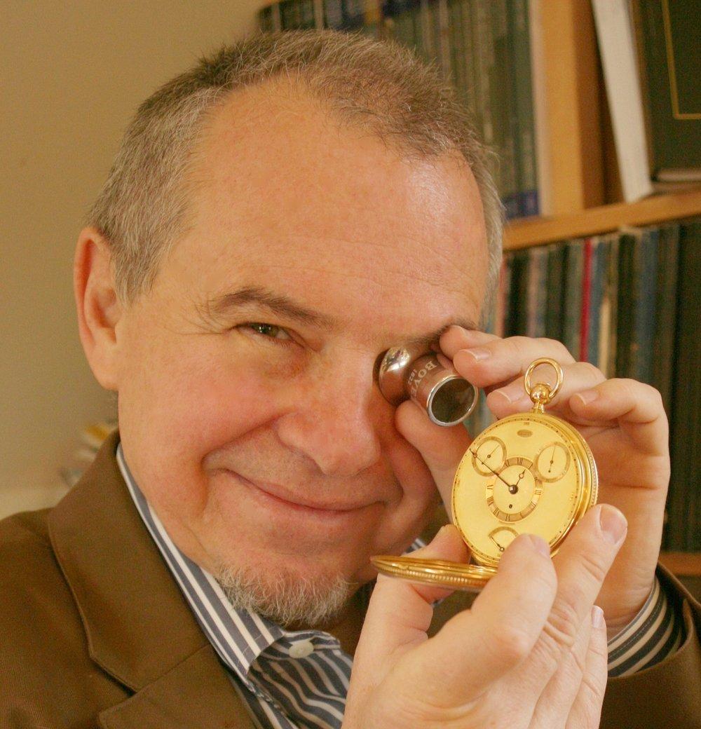 WatchInvest's  chief expert  Philip Poniz