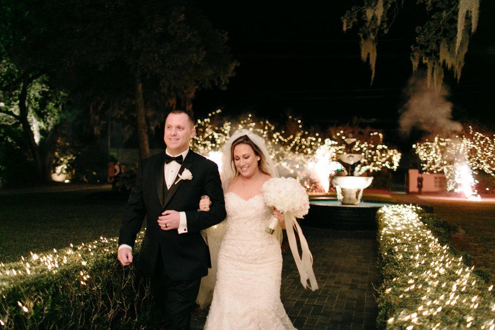 southern-oaks-bride