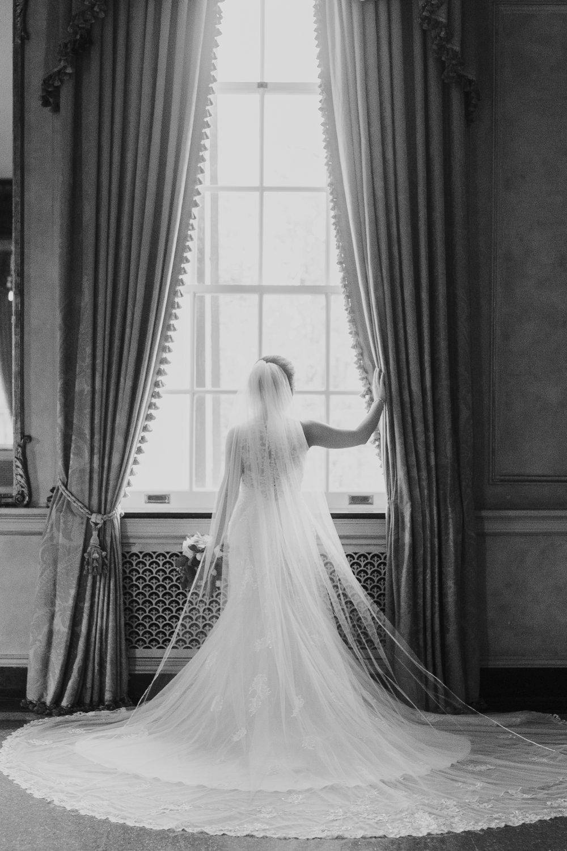 timeless bridal portrait