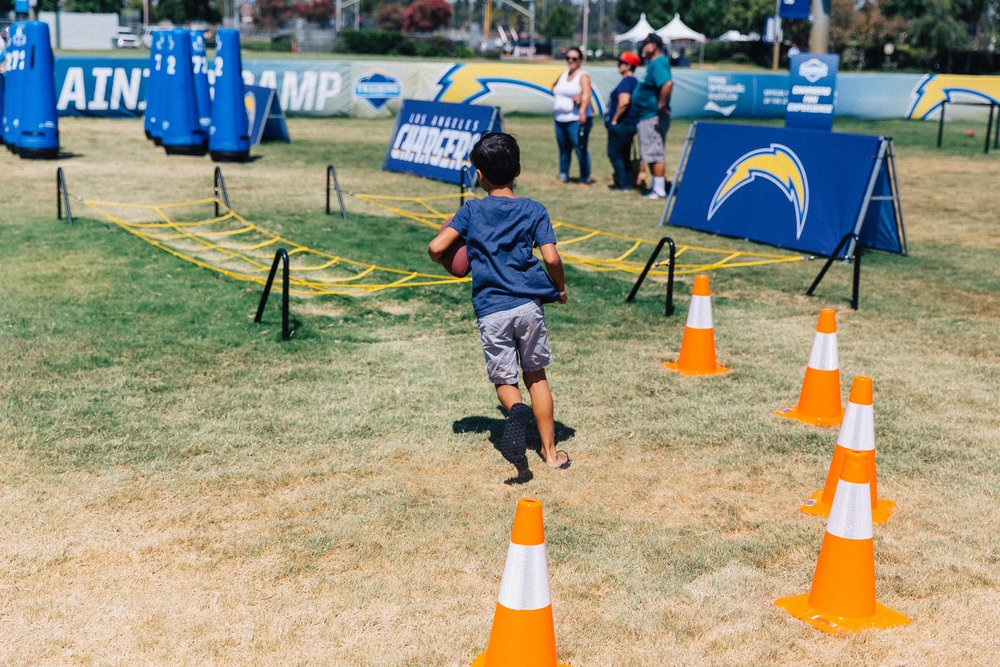 2017-ChargersCamp-011.jpg