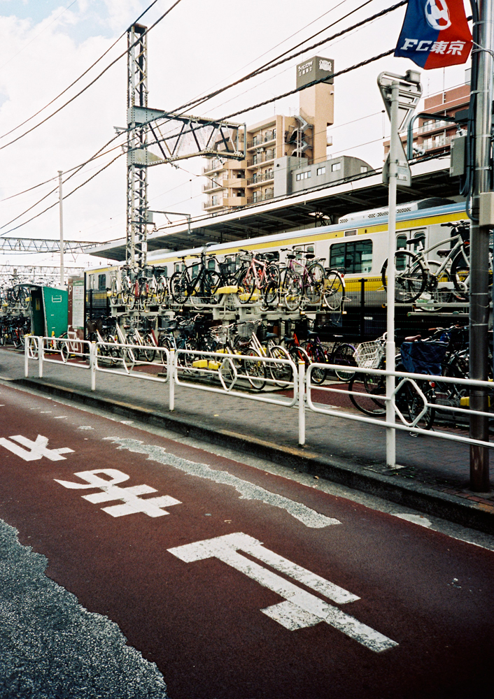 35mm-Lomo-LCA-Tokyo----Paris-Brummer.jpg