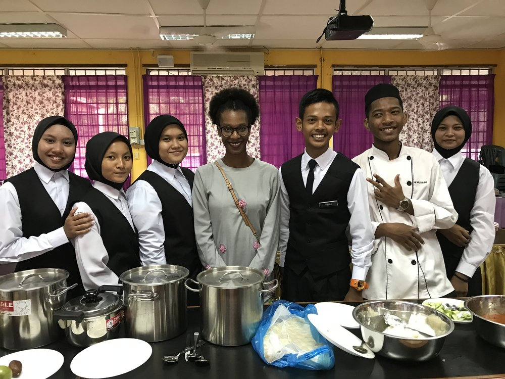 Catering students at School District Hari Raya