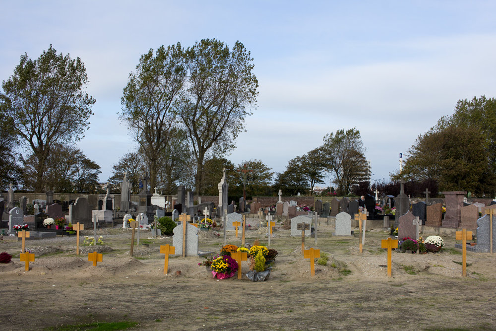 The Islamic section of the Calais Nord graveyard. ©  Nathaniel White