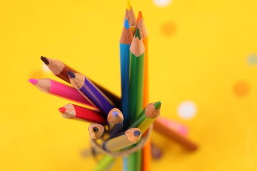 pencilcrayons.jpg