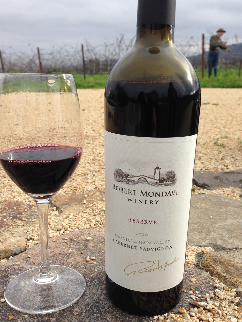 My al fresco tasting room: Mondavi Cabernet Reserve after pruning