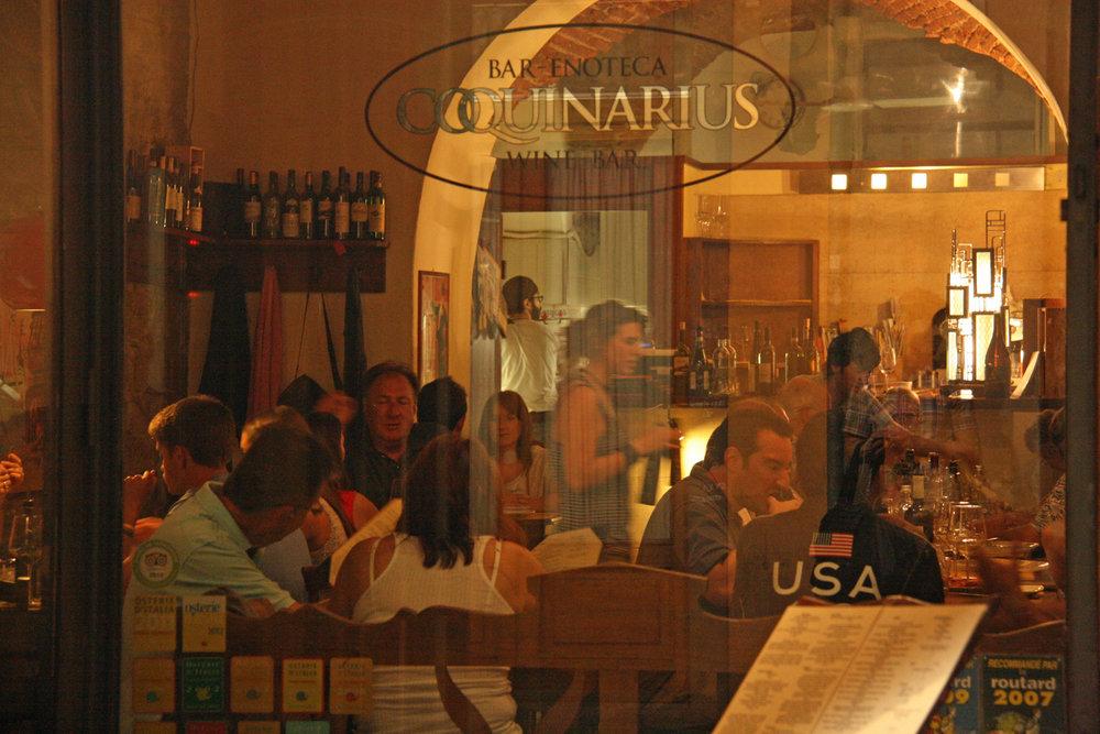 Coquinarius, my favorite wine haunt in Florence