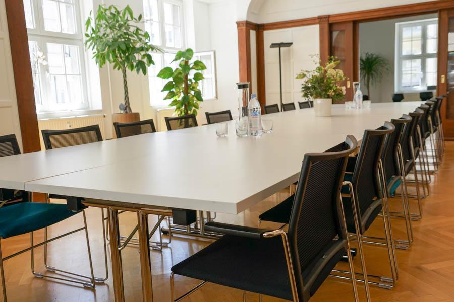 business center leipzig seminarraum tagungsraum mieten. Black Bedroom Furniture Sets. Home Design Ideas