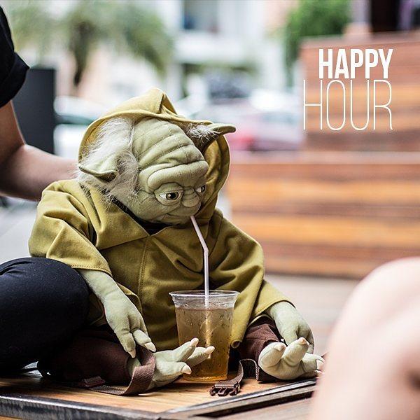 Toda Quinta e Sexta nosso bar traz preços especiais de Happy Hour até as 21H, são 2xGin tônica ou 2xDrinks Fiu-Fiu por R$ 20 e 2xBrejas por R$ 10! Marque seu amigo(a) que faz a primeira rodada e não perde um Happy Hour!🍻🍻 🍻