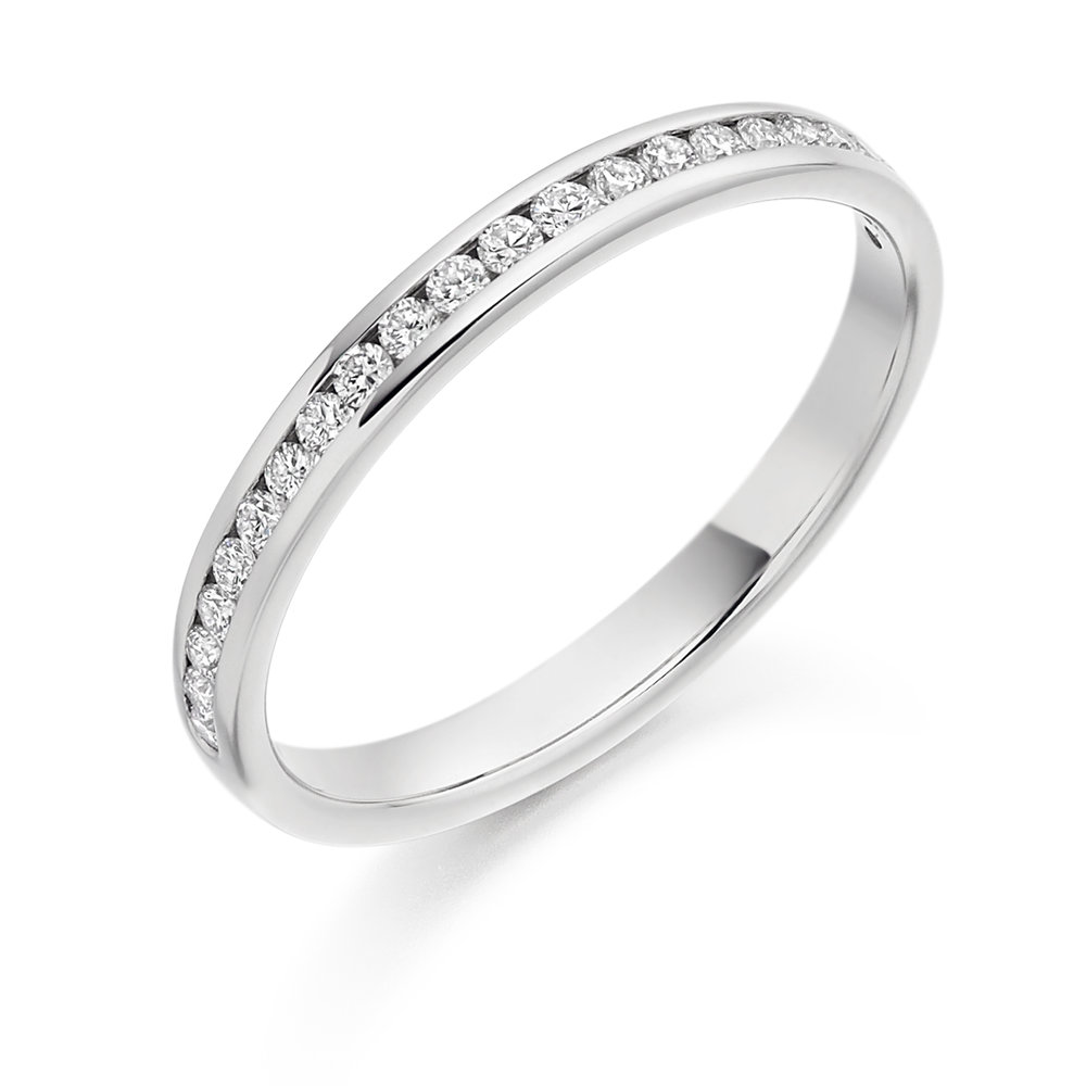 0.25ct brilliant cut diamonds half eternity in 18ct gold