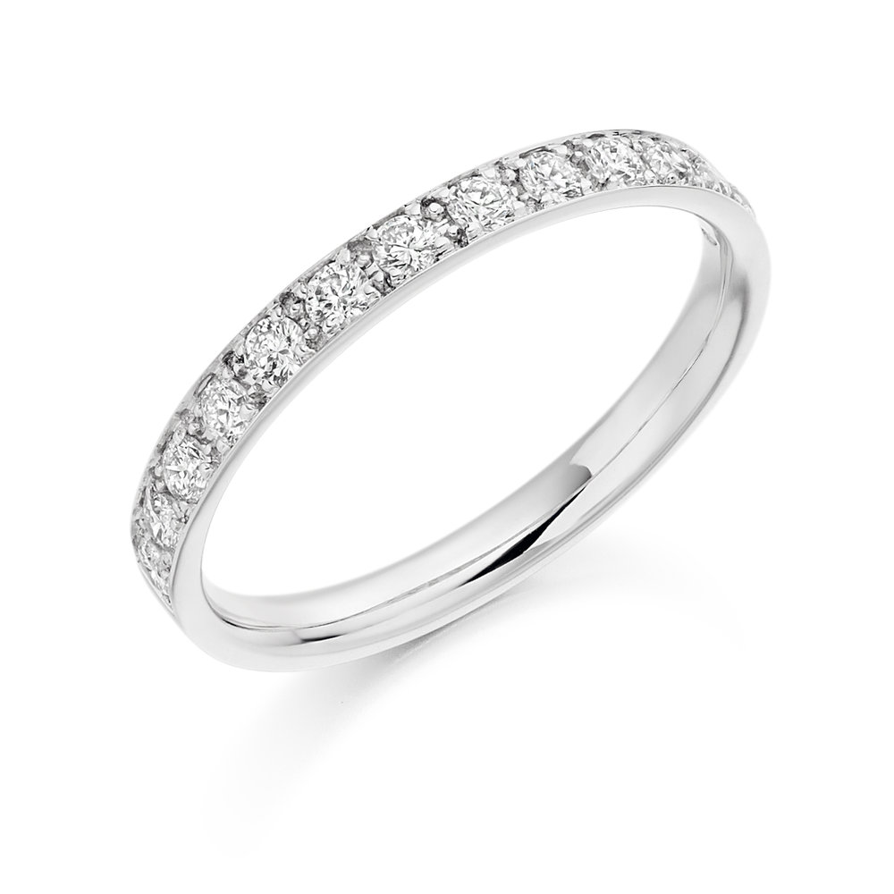 0.25ct brilliant cut diamond half eternity in 18ct gold