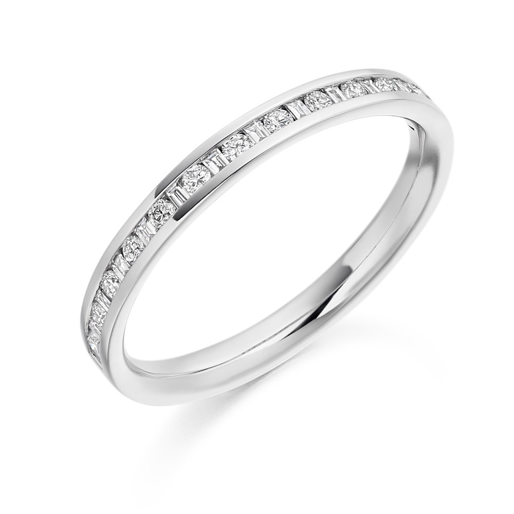 0.25ct brilliant cut & baguette cut diamond half eternity in 18ct gold