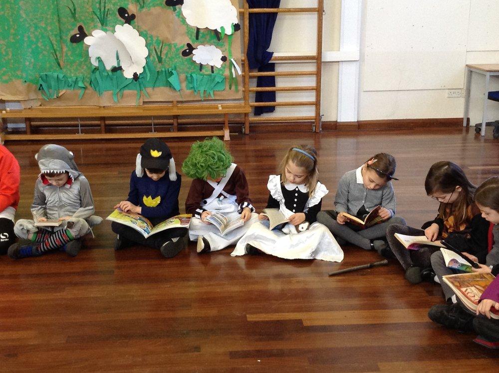 reading circle 4.jpg
