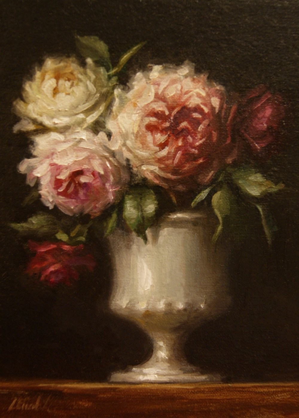 Roses_in_Milk_Glass_300.JPG