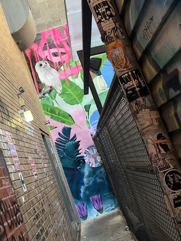 Graffiti_Bar_entrace.jpg