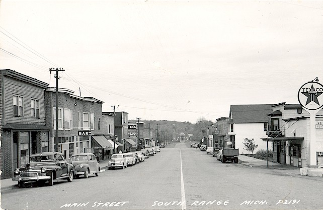 South_Range_Main_Street_1940s.jpg