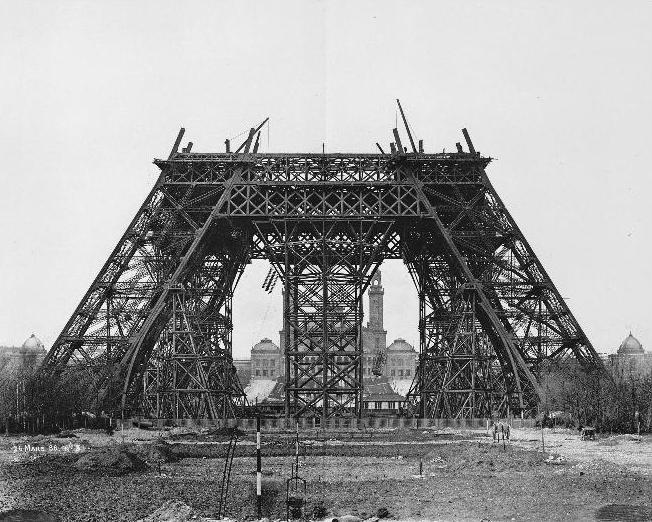 Eiffel  Un film de Martin Bourboulon  Ecrit par Caroline Bongrand, Thomas Bidegain, Martin Bourboulon et Martin Brossollet Co-production Pathé  En financement - Tournage 1er juin 2019