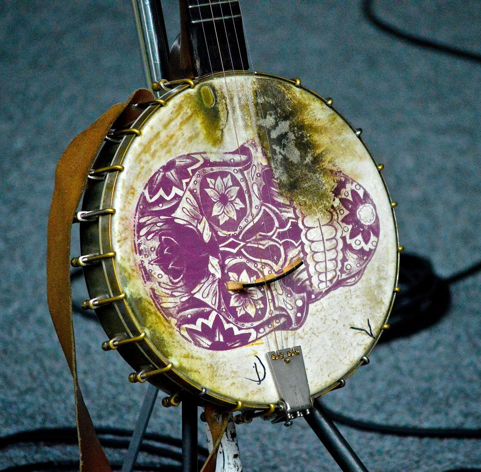 Richie banjo head skull Greensburg.jpg
