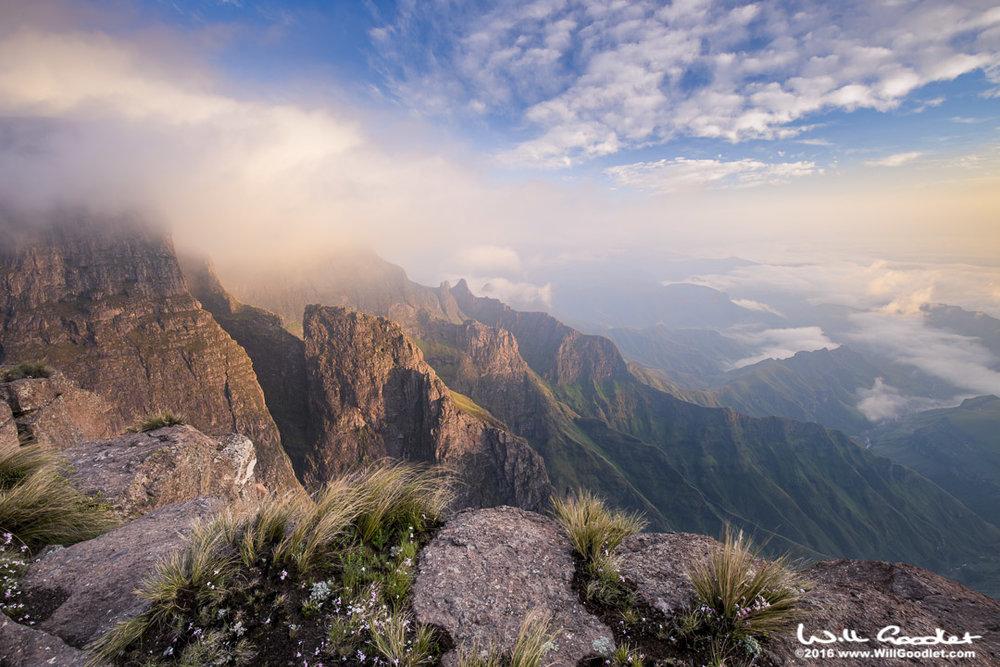 Drakensberg, South AfricaPhoto Information:[Canon Canon EOS 5D Mark III + EF16-35mm f/4L IS USM] [ISO100,SS 1/40, F14, FL16, Flash:off]Charles William Goodletwill@willgoodlet.com