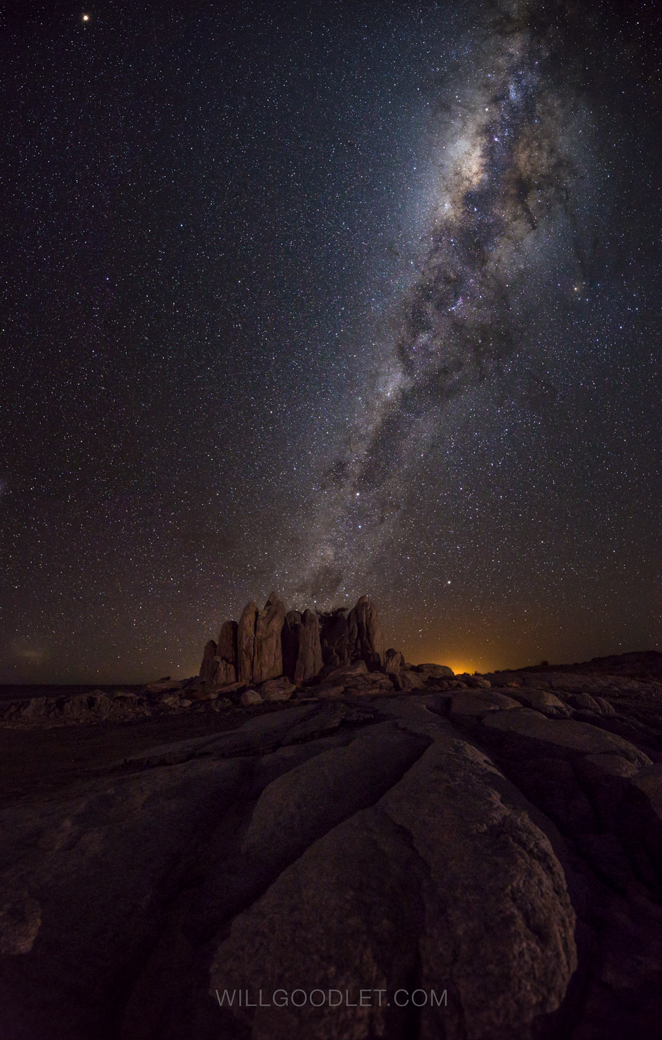 Kubu Rocks, Canon 5D Mark iii + Sigma 14-24 F2.8 Art - ISO 10000, F2.8, 8 Seconds (Stitched stacks of 4)
