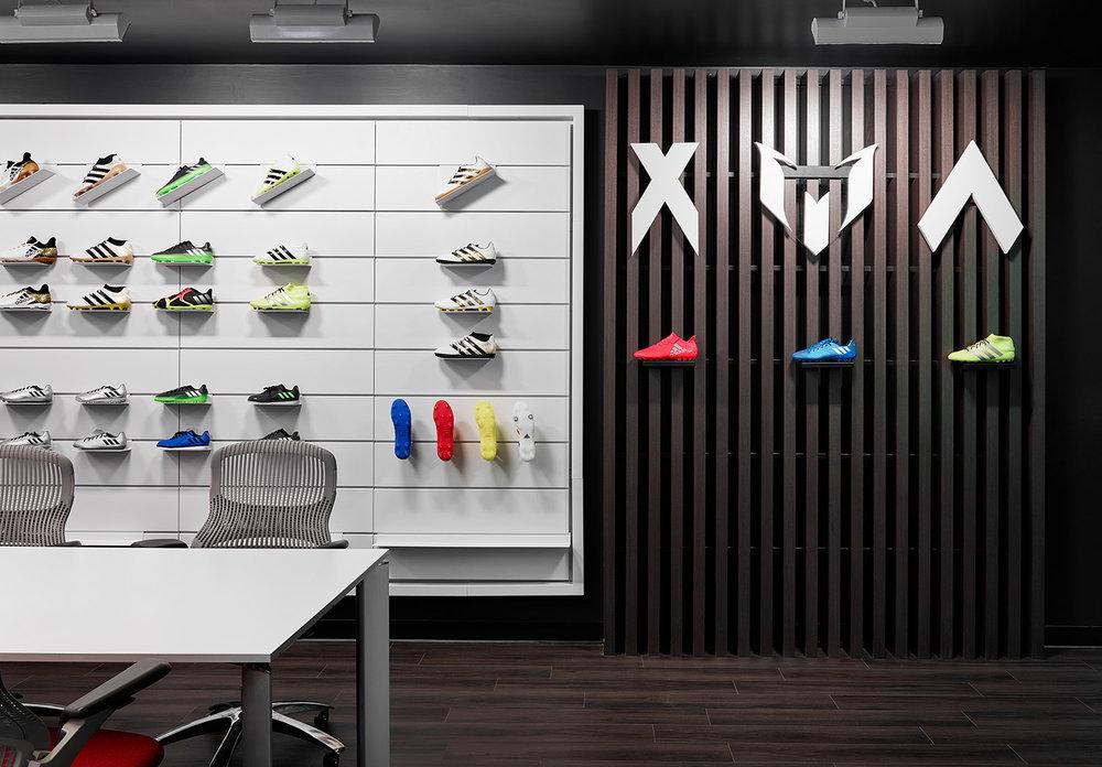 Adidas-Showroom-07.jpg