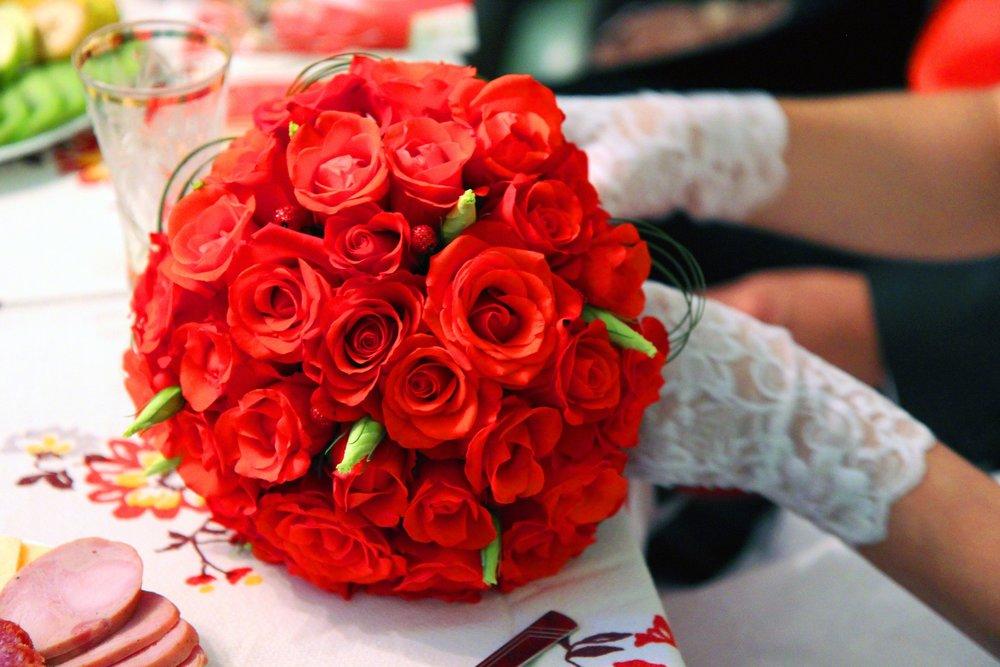 wedding-806319_1920.jpg