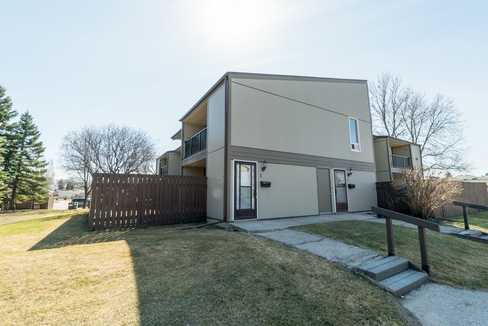 1-524 Kenaston Boulevard (45 of 45).jpg
