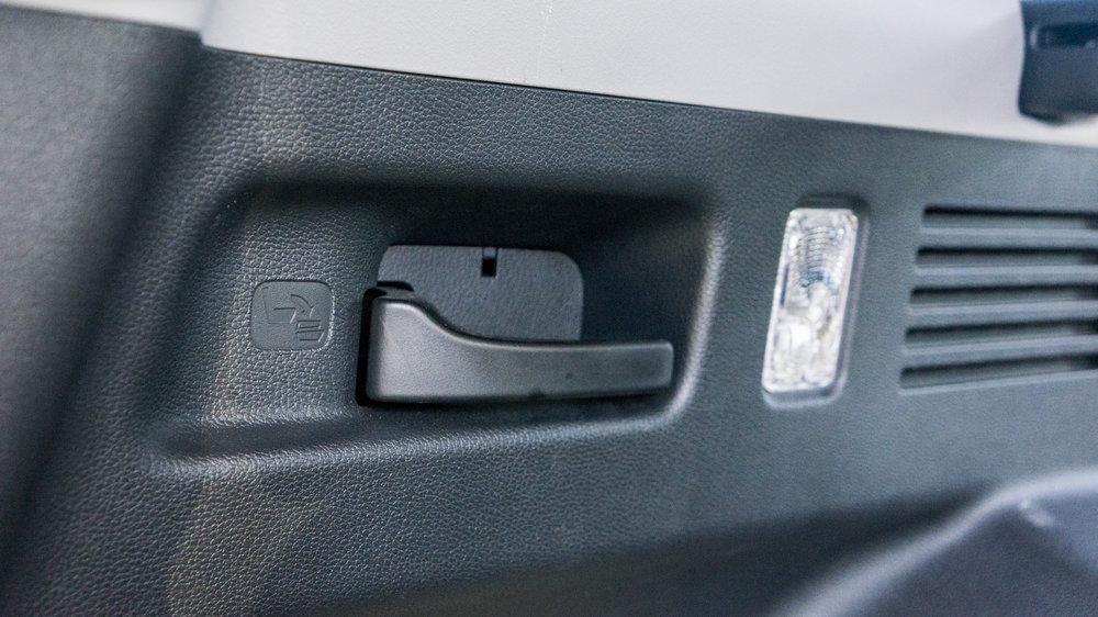 CRV_interior.1004.jpg